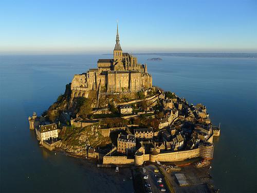 Những điểm du lịch nổi tiếng cần được bảo tồn trên thế giới