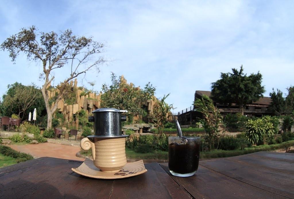 Thưởng thức cà phê tại thủ phủ cà phê