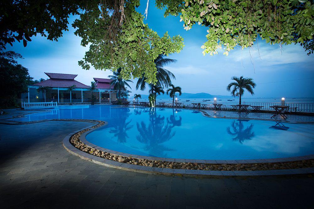 Resort Hoàng Gia